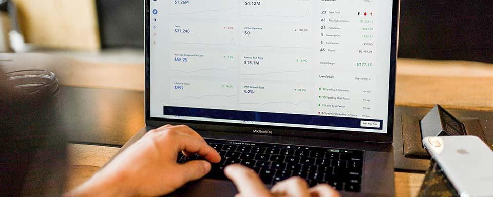 laptop_banking